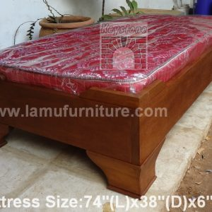 Almanara Box Bed