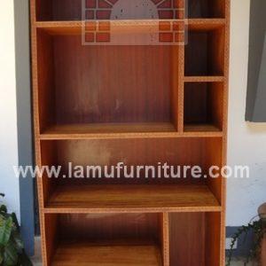 Bookshelf 14a