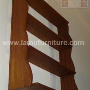 Shelf 14