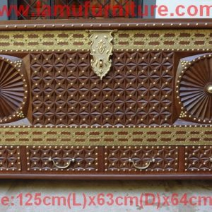 Large Chest 28a