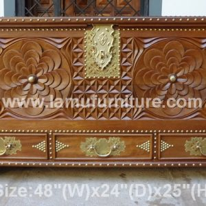 Large Chest 29a