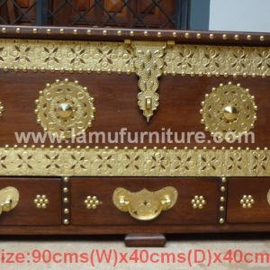 Small Chest 22a